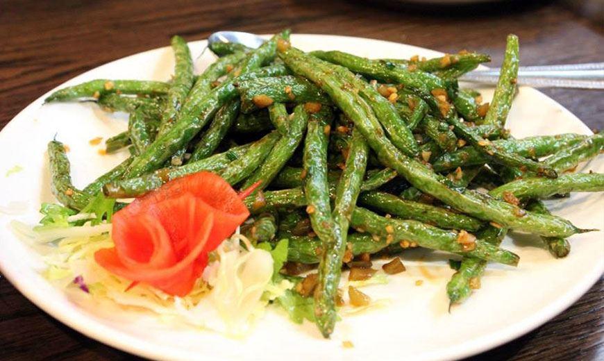 Летний салат со спаржей