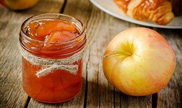 Имбирное варенье с яблоками