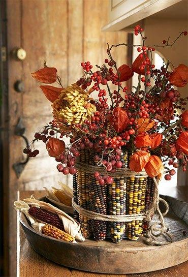Осенний букет с кукурузой