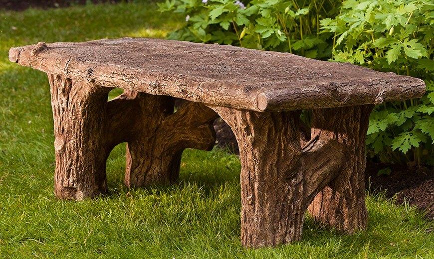 Простая деревянная скамья