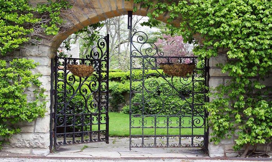 Арка - вход в сад