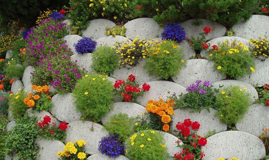 Вертикальные цветочные клумбы